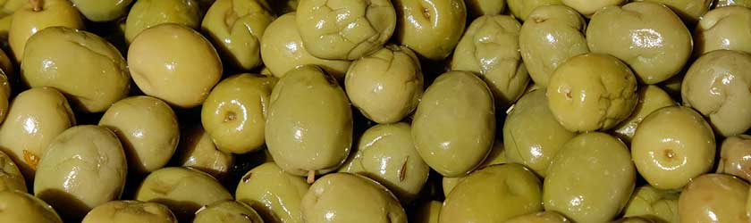 Can Dogs Eat Olives?